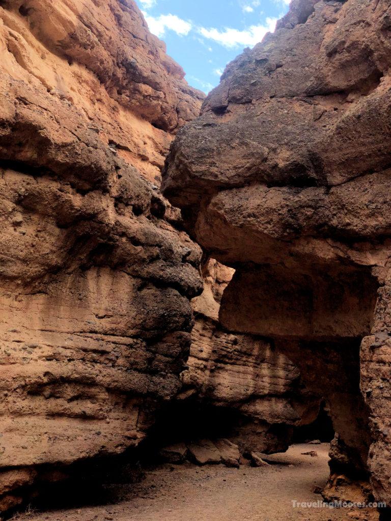 Slot canyon along White Owl Canyon