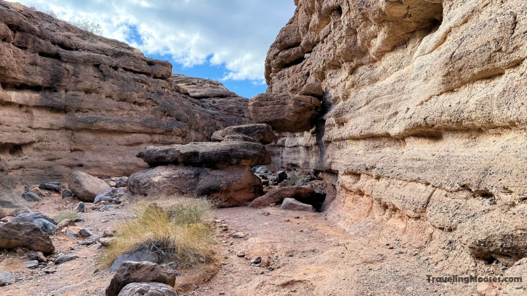 Canyon Rock formation on white owl canyon